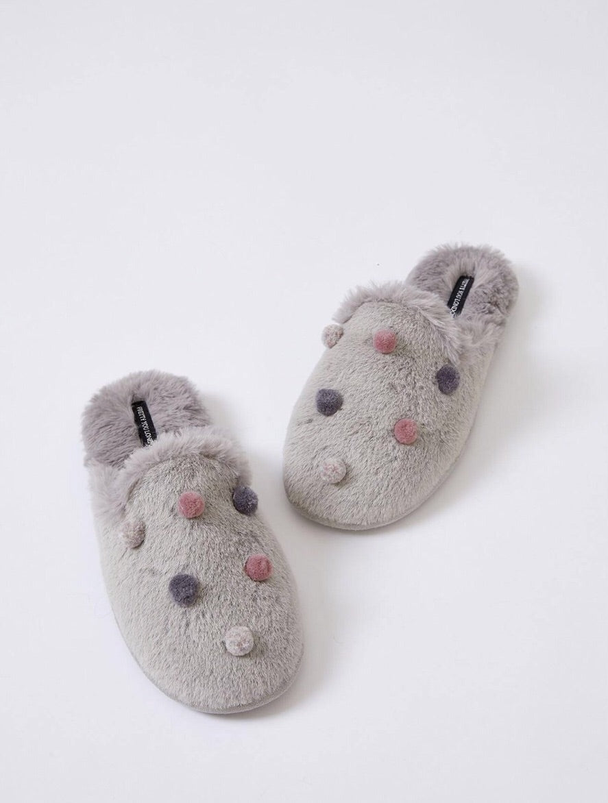 Bea Slippers by Pretty You London