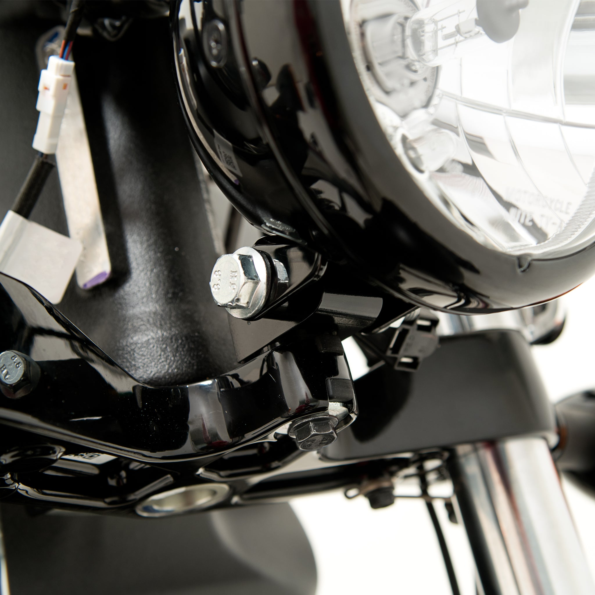 "Headlight Extension Block ""A"" For 2018 Indian Bobber"