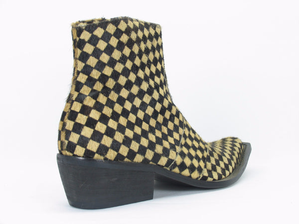 KB43-05 Carrucci Pony Hair Boots