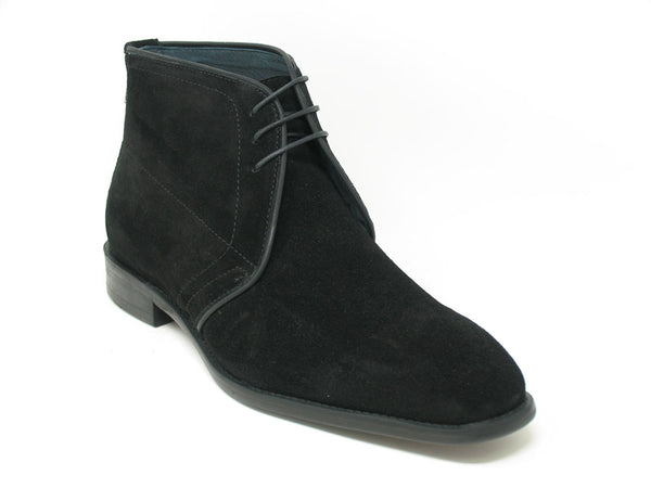 Carrucci Lace-up Suede Chukka Boot