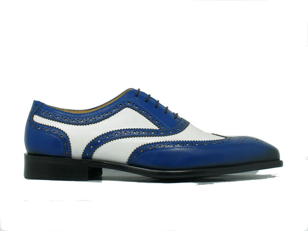 Carrucci Two Tone Wingtip Oxford