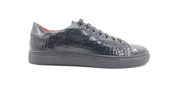 Embossed Fashion Leather Sneaker