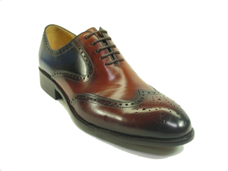 Medallion Wingtip Leather Lace-up