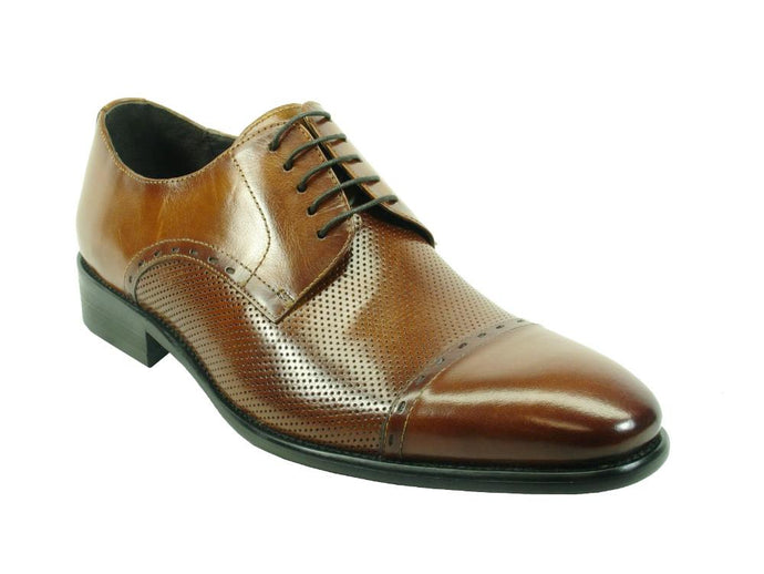 KS886-733 Carrucci Perforated Cap Toe Oxford