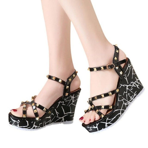 Summer Lady Fashion Footwear Wedge High Heels