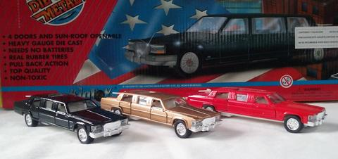 SMALL LIMOUSINE PULL BACK DIE CAST CARS