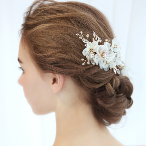 romantic white flower crystal & pearl hair comb jewelry
