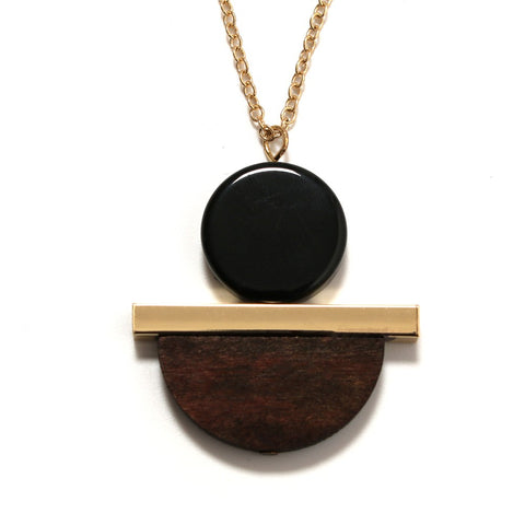 vintage geometric round wood & resin pendant necklace for women