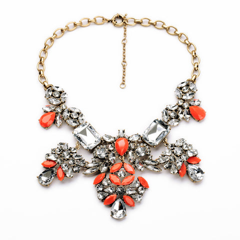 luxury resin & crystal statement necklace for women
