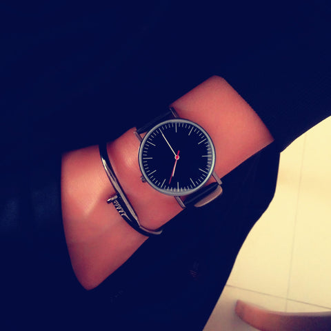 simple design quartz leather wrist band watch