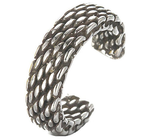 cool silver color snake skin pattern open ring