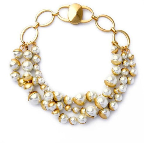 elegant chunky simulated pearl statement necklace for women