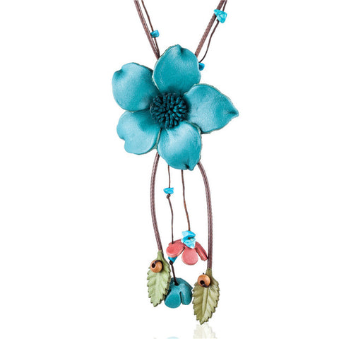handmade genuine leather flower pendant necklace for women