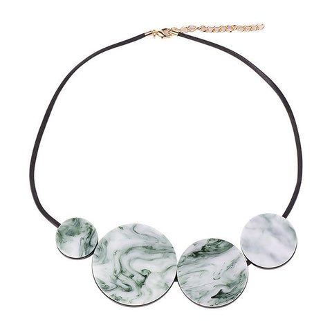 trendy round resin chain statement necklace for women