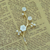 elegant simulated pearl flower ornaments brooch pin jewelry