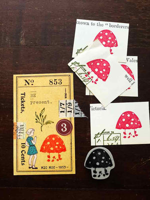 'Mushroom - Polka Dot' Rubber Stamp by Mic Moc - (水玉模様のキノコ) from micmoc.com