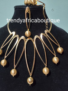 Elegant jewelries collections:  from casual designs to Red carpet designs; we have got you covered!