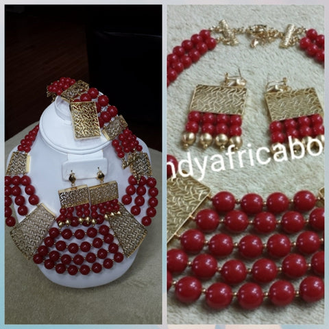 4pcs Choker beaded necklace set in 18k Gold plating/Wine beads. Necklace/bracelet/ring/earrings. Sold per set. Clearance.