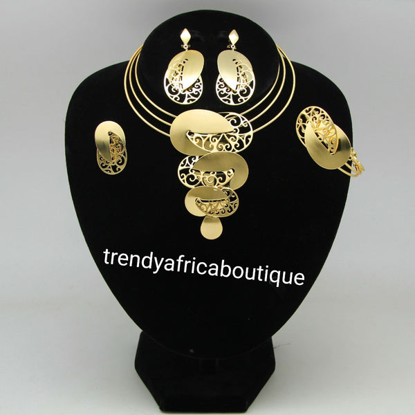 African 18k gold plated costume Choker necklace set for African party use. 4pcs set. Dubai gold plated jewelries and Silver plated.