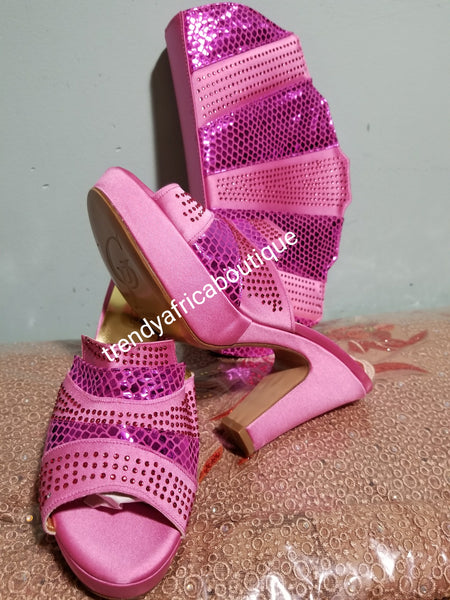 "Italian platform slipper shoe and hand purse. 3"" platform heel. Beautiful Pink  in Europe size 39 & 40"
