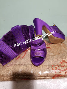 Size 38 Purple Italian Slipper platform shoe and matching  purse. Sold as a set. Price is for the set