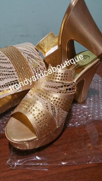Sale, Sale: Gold Italian platform slipper and matching purse. Sold as a set