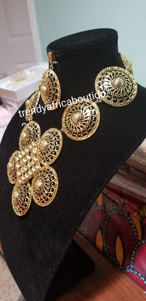 18k Gold plated Bold Necklace and matching earrings. Hypoallergenic, long lasting plating