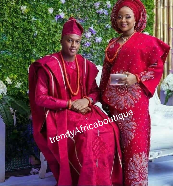 Wine/Silver aso-oke set for couple, or individual person. Custom-made Nigerian Traditional woven aso-oke for wedding or big ceremoney. Made-to-order only. 4pc set Female, 2 pec. For men. Can be made in your choice of color. 6-8 weeks to make and deliver
