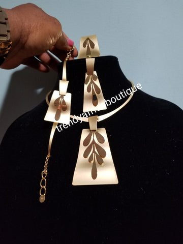 18k Dubai imitation Gold plating. African/Nigerian party costume Jewelry set. 4pcs choker necklace/earring/open ring/bracket. Quality long lasting plating