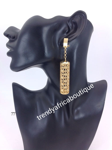Latest drop-earrings in gold electroplating. Top quality made hypoallergenic. Long lasting. Light weight earrings