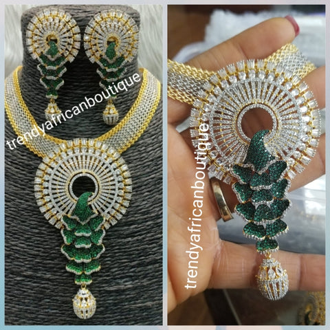 2pcs 22k quality Gold electroplating in choker set. Sold as a set. Pendant and earrings mounted with dazzling Green CZ diamond stones. Top quality/hypo allergenic plating.