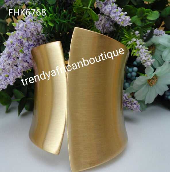 18k electroplated bold and beautiful Bangle. . Beautiful statement bangle. Available in gold  or silver planting- one size fit, hypoallergenic plating