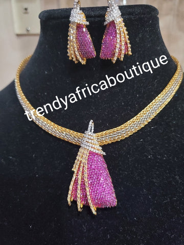 3pcs 22k quality 2 tone Gold electroplating choker set. magenta CZ dazzling stone setting mounted on Pendant/earrings + neck chan as a set. Top quality/hypo allergenic plating