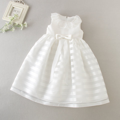 Baby Girl Stunning Christening/Baptism Dress and hat