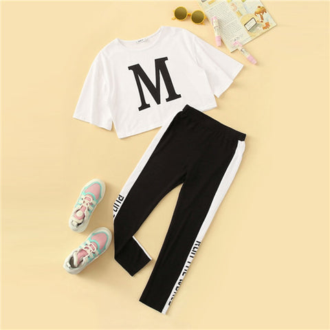 Girls Letter Print Tee And Contrast Side Leggings Set
