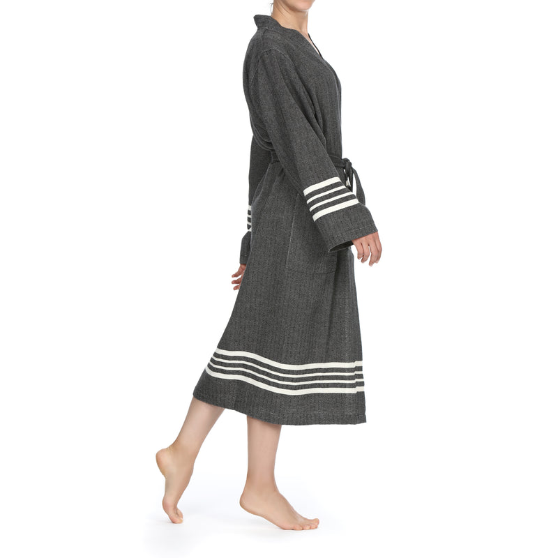 Azra Bathrobe Black