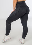 Empowered Snakeskin, Black, V4 leggings