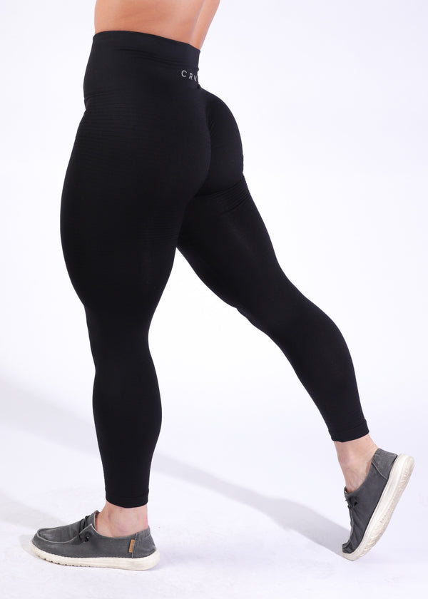 Seamless w/booty scrunch  - Little Black