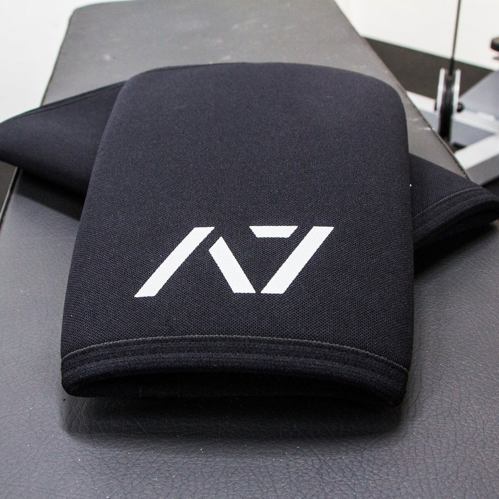 A7 Black Cone Knee Sleeves