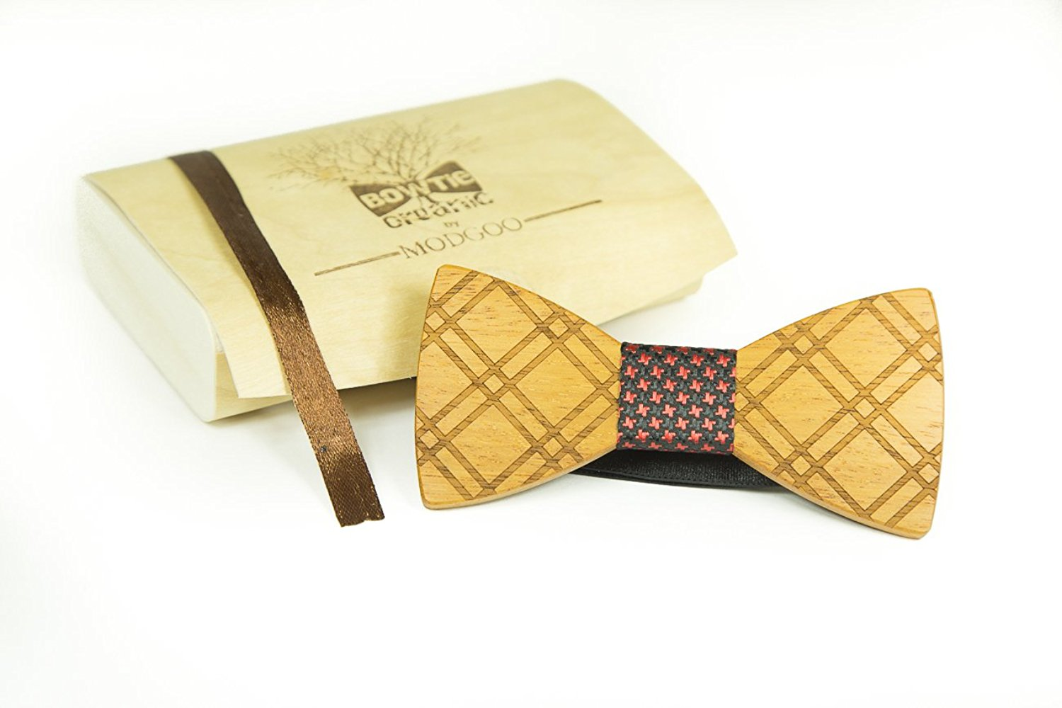 Modgoo Organic Wood Bow Tie Black and Red Dotted Lifelines