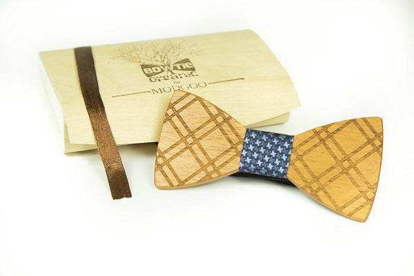 Modgoo Organic Wood Bow Tie Black and Blue Lifelines