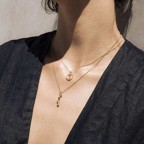 LOUISE LINE ONYX NECKLACE - STERLING SILVER PLATED