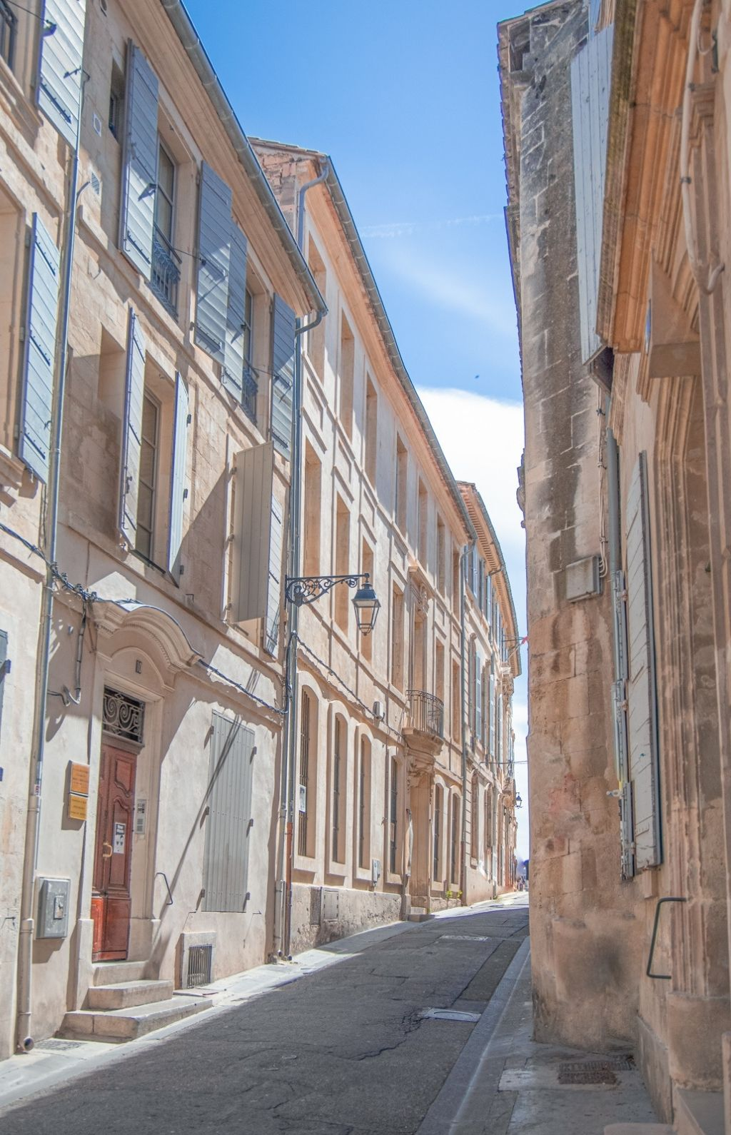 Visit Arles with Coco Kliks from Travellur