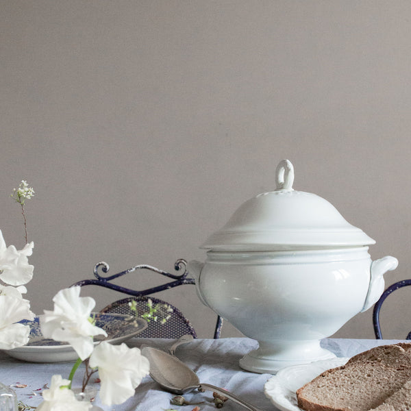 white porcelain antique French 19th century soup tureen | sold on www.madamedelamaison.com