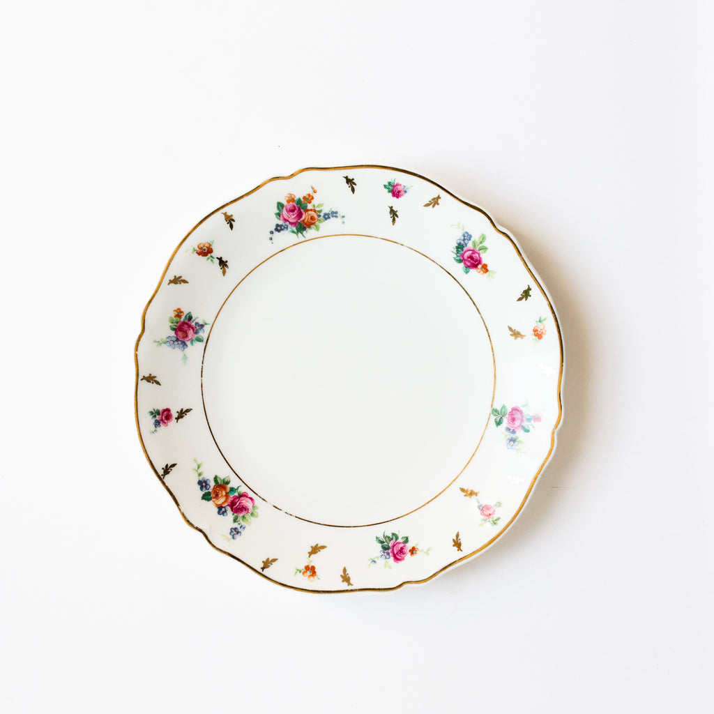 Antique floral plates | sold on www.madamedelamaison.com
