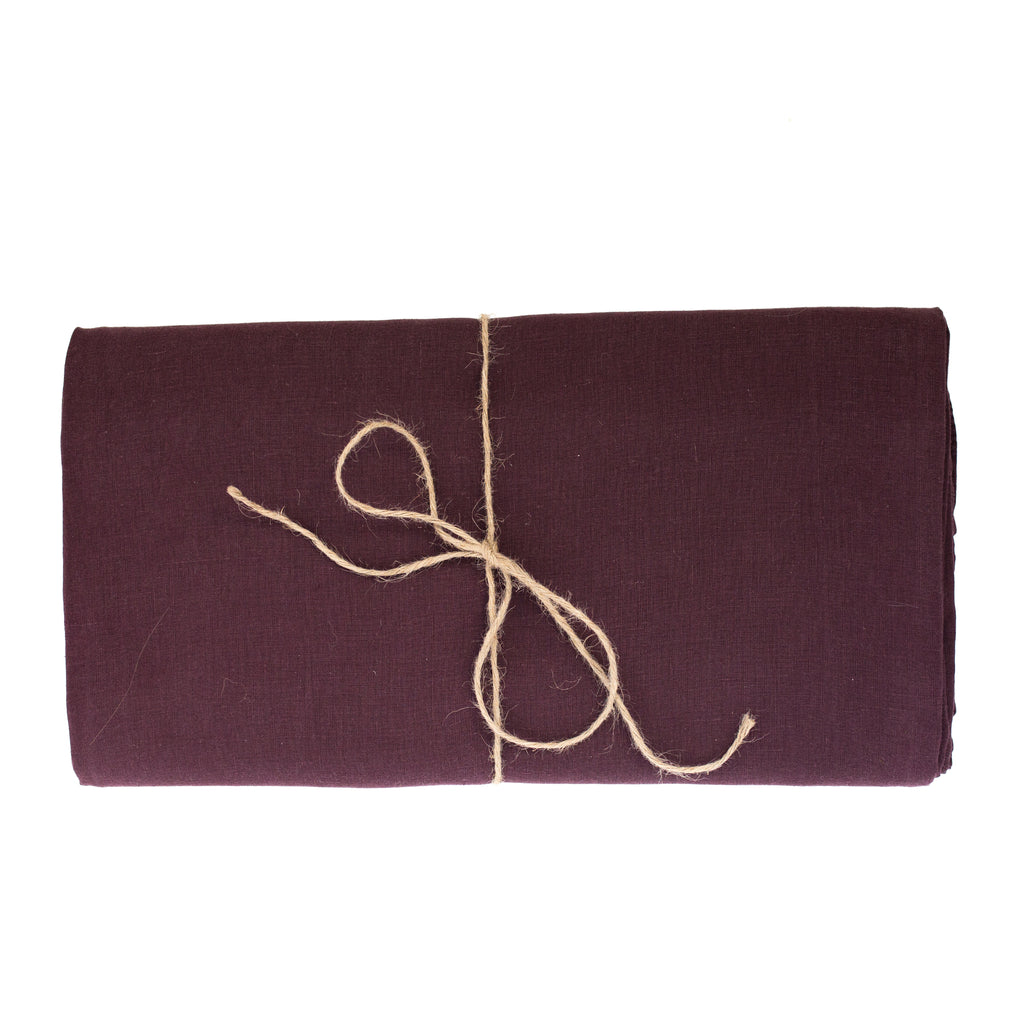 Aubergine Linen Tablecloth 260 x 350