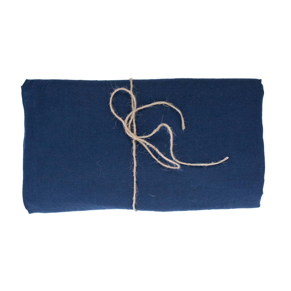 Bleu Minuit Linen Tablecloth 260 x 350