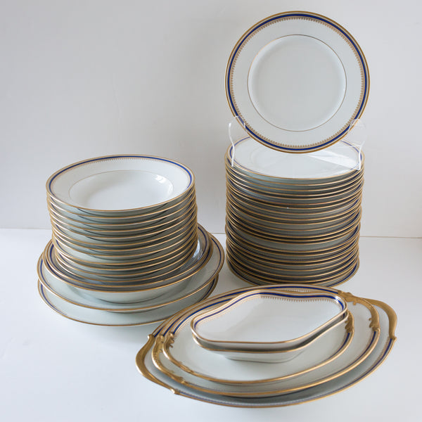 Beautiful antique plates from Limoges sold on www.madamedelamaison.com