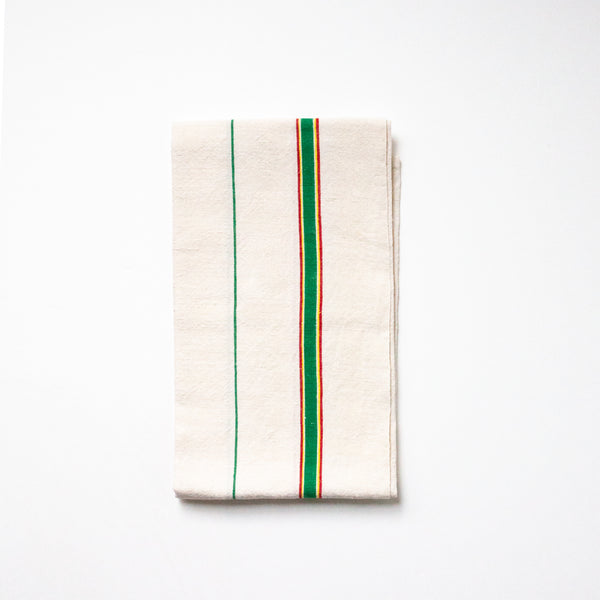 vintage tea towels | Sold on www.madamedelamaison.com