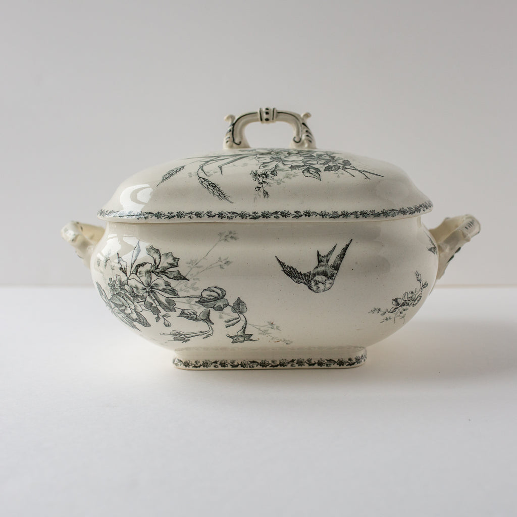 Art Nouveau soup tureen from E. BOURGEOIS